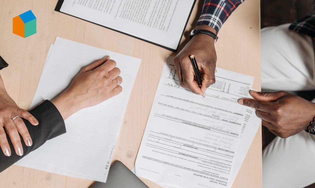 firma-su-documenti-burocratici